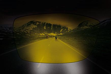 Zvýšení kontrastu pomocí brýlových čoček Swiss Night Vision.