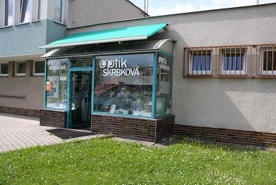 Pohled na firmu Optik Skrbková v roce 2018